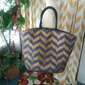 Mud Pie Ladies Size L Metallic Gold Navy Blue tote